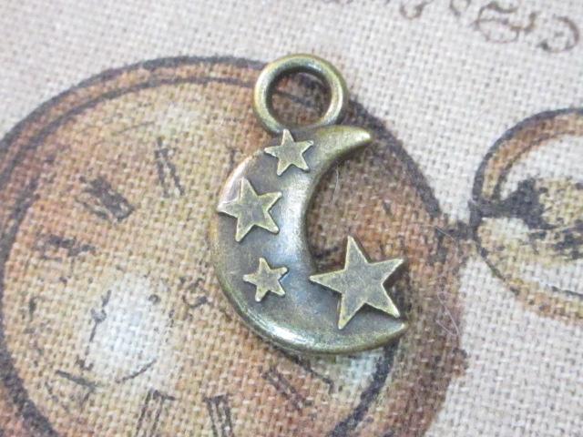 画像1: チャーム/星と三日月/真鍮古美 (1)