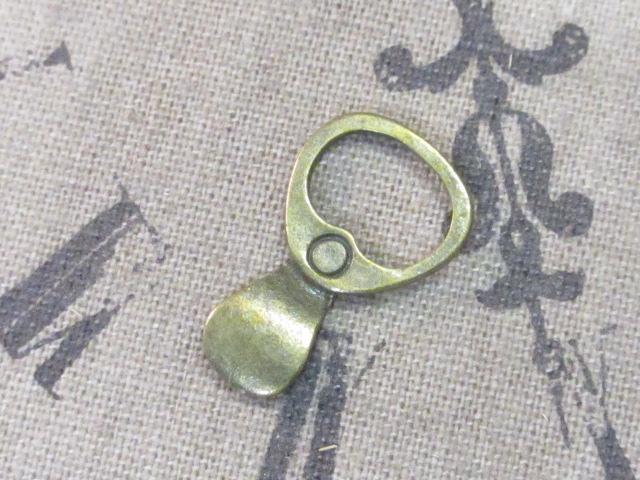 画像1: チャーム/レトロプルタブ/真鍮古美 (1)