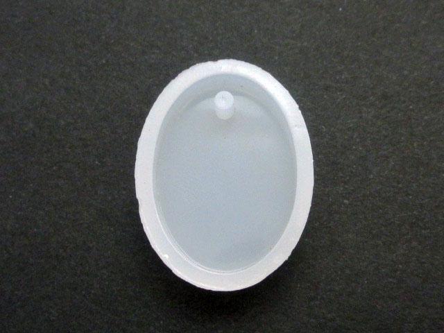 画像1: シリコンモールド/カン穴付きプレート/楕円形 (1)