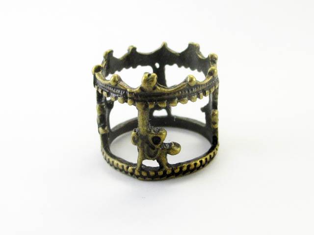 画像1: チャーム/立体メリーゴーランド/真鍮古美 (1)